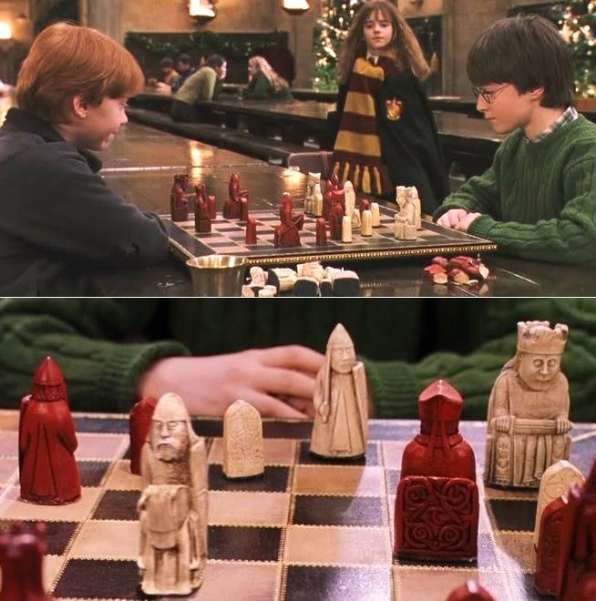 12-harry-potter-ancient-chess-set